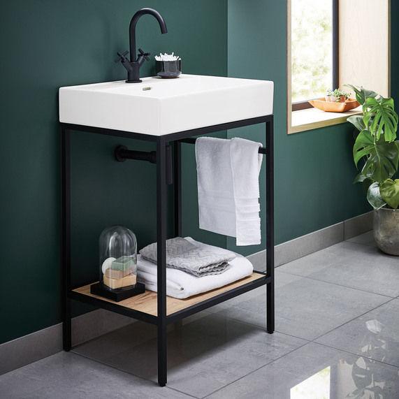 Noir 600 Bathstore.jpg