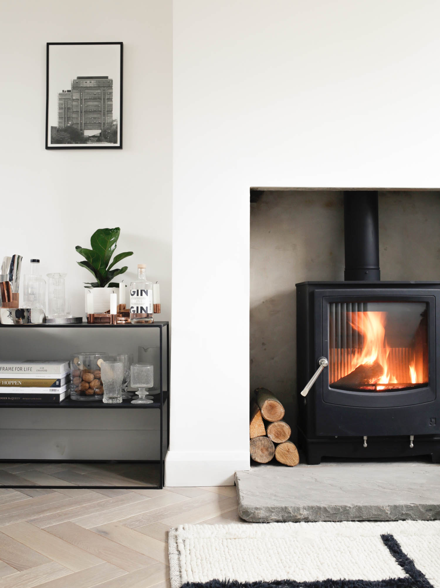 Low emission eco friendly wood burning stove - Arada Farringdon - Design Hunter