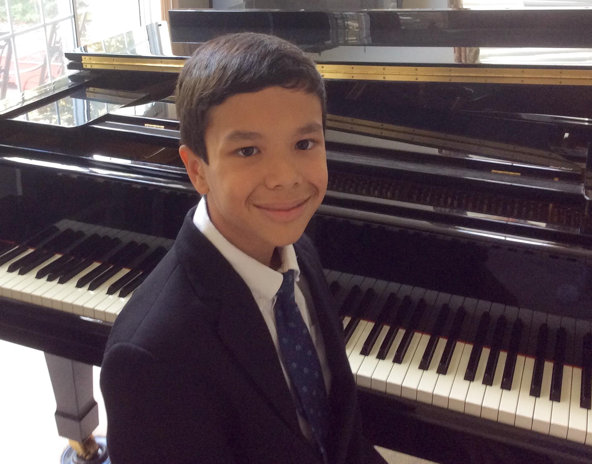 Parker van Ostrand, piano