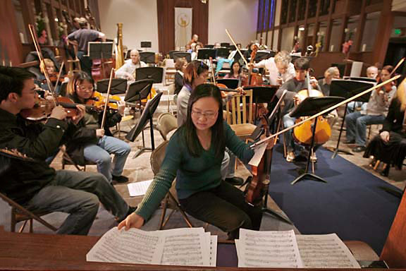 Join us! - Do you play an orchestral instrument? We're currently seeking players of all strings (especially violin and bass), oboe, bass trombone, and percussion. Auditions are open now for the current concert season.