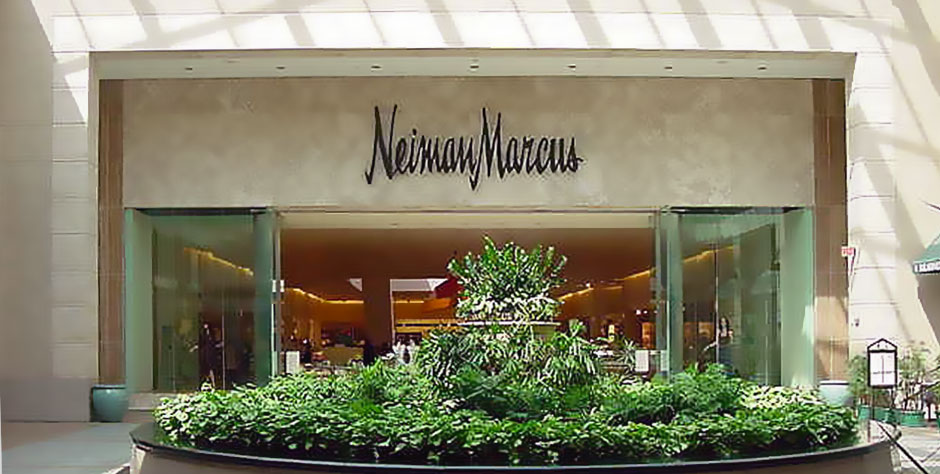 This weekend, stop by and say hello! I'll be spinning at the Lenox Mall Neiman Marcus on Friday, Sept 18 from 1-5 pm and on Saturday from 9 am - 5 pm!  Friday, I'll be on the main level near the Juniors section, and Saturday, I'll be in the Intimates from 11-2 and in the Beauty section from 2-5. See you this weekend!!   ~Hourglass