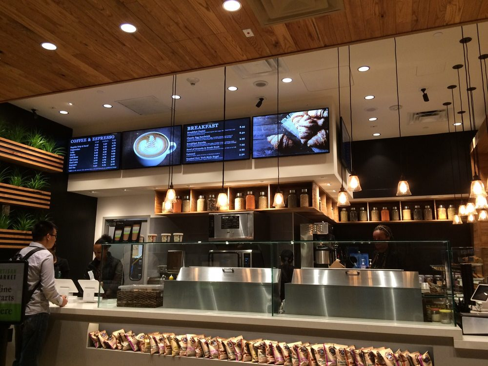 DFW Artisan Market    Next time you find yourself looking for some delicious and healthy food between flights, stop by the Artisan Market inside the Dallas Fort Worth International Airport.    2333 S International Pkwy | Grapevine, TX | 76051  P: 972.973.9868  Monday-Sunday 5 AM- 9 PM