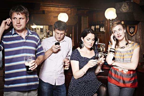bar-phones.jpg