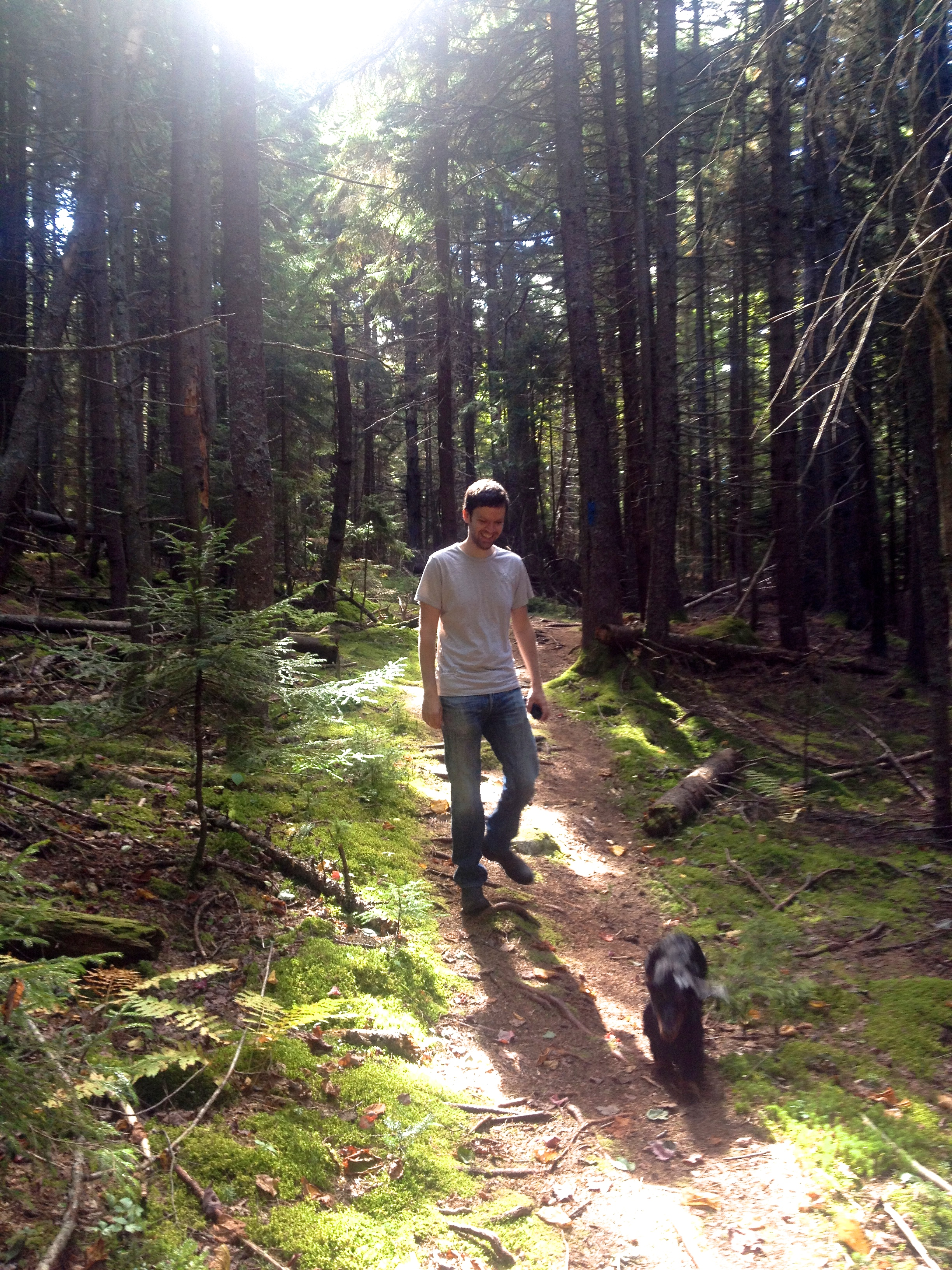 Spruce Point Inn trails