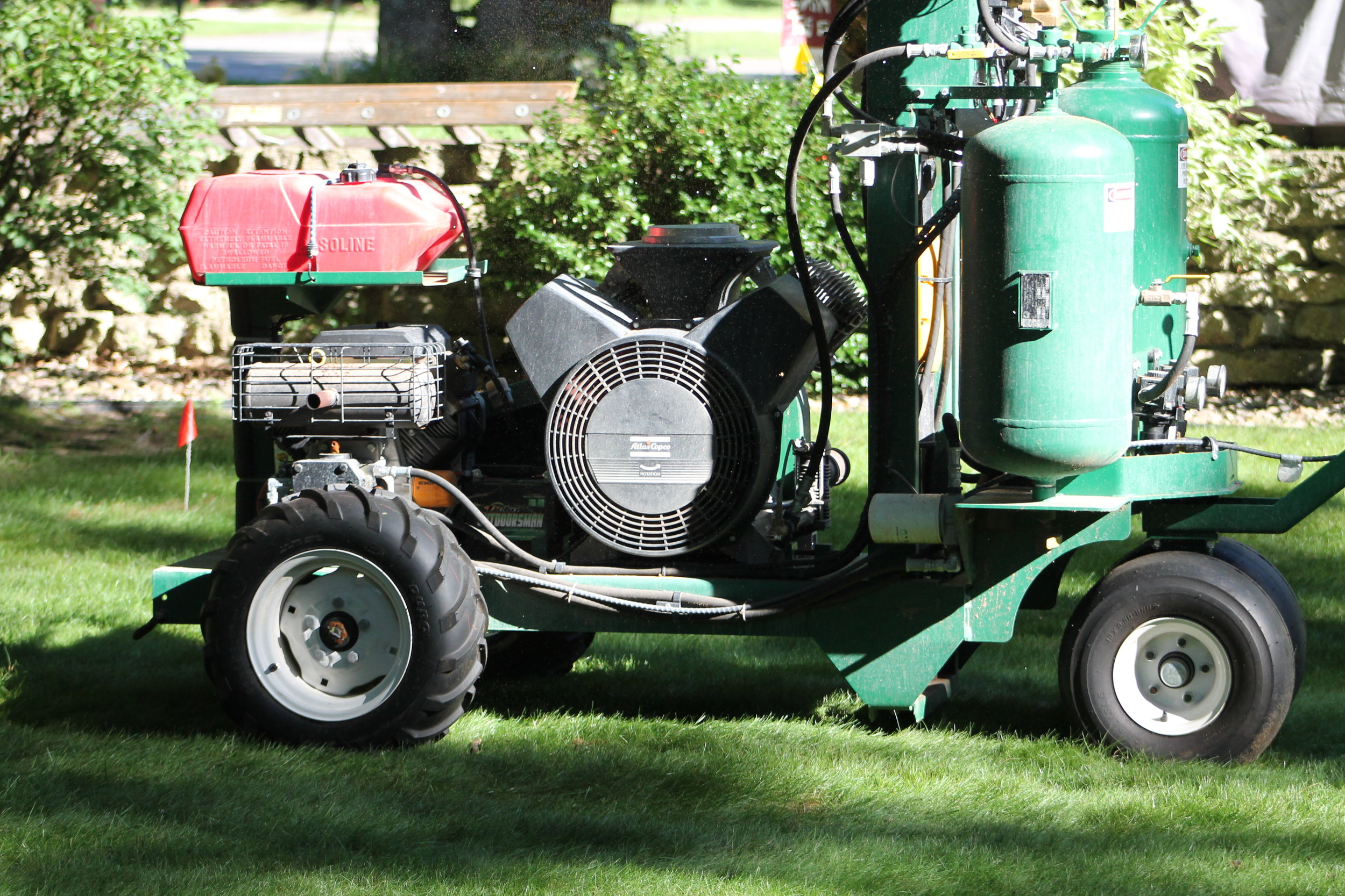 Terralift  Terralift uses a probe and an integral pneumatic hammer to penetrate the soil. It then forces air into the soil at a controllable rate to create a network of fissures and cracks, which breaks up biomat and loosens compacted soil in the drain field.