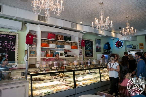 Little Cupcake Bakeshop in New York, NY
