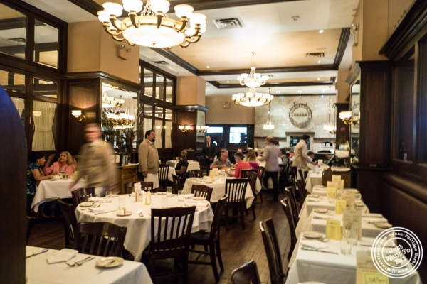 dining room at Bobby Van's Grill in New York, NY