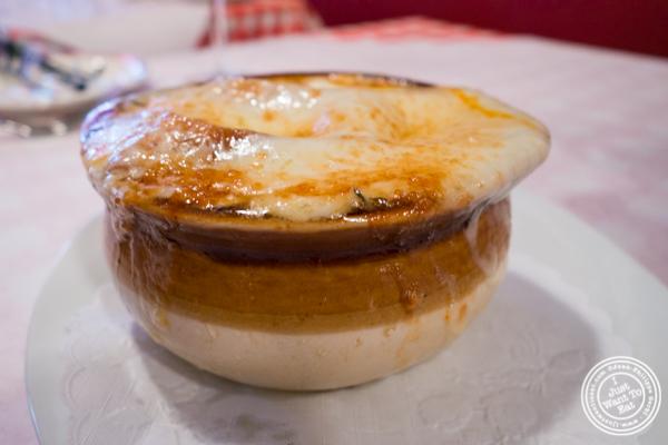 Soupe å l'oignon at Tout Va Bien, French Restaurant in NYC, New York