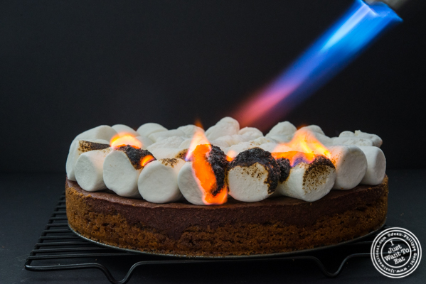S'Mores pie recipe: torching the marshmallow