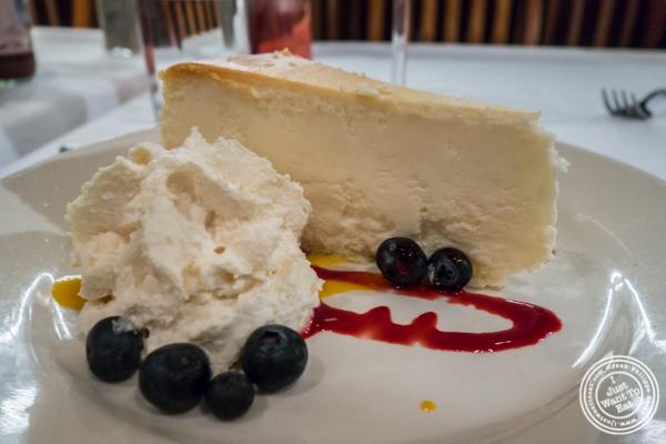 Cheesecake at Bobby Van's on Park Avenue, NYC, NY