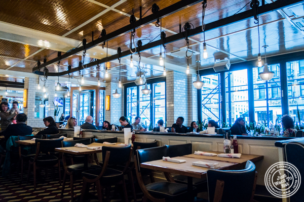 Dining room at 5 Napkin Burger on the Upper East Side, NYC