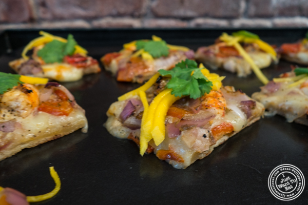 Mojito lime shrimp and mango grilled pizza at The Grilling University with McCormick