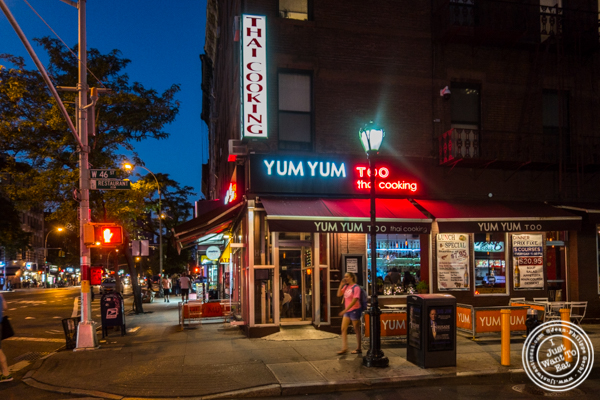 Thai Dinner At Yum Yum Too In Hell S Kitchen I Just Want