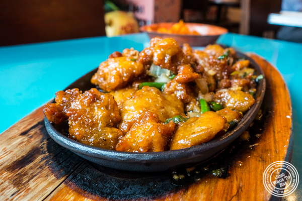Sizzling Manchurian Chicken at The Chinese Club in Williamsburg, Brooklyn