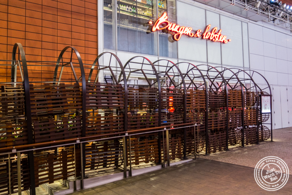 Burger and Lobster in Times Square
