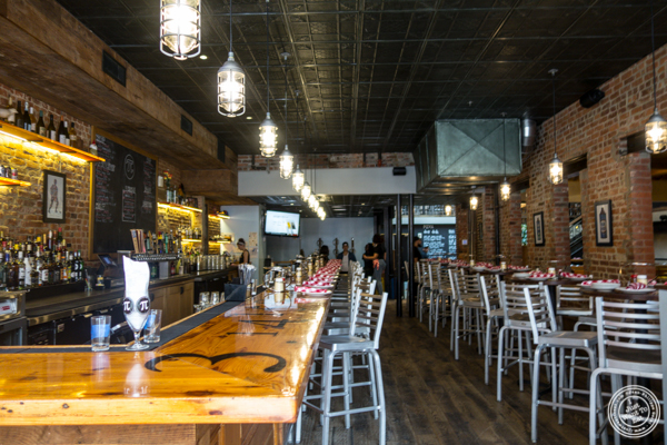 Bar area at Pi Pizzeria in Washington DC