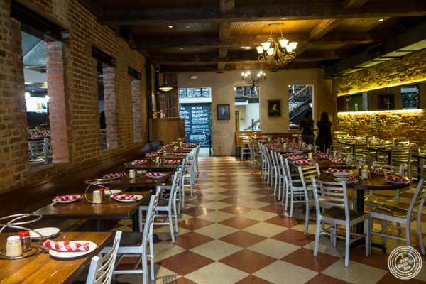 Dining room at Pi Pizzeria in Washington DC