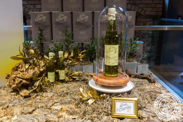 """""""Venta del Barón"""" olive oil"""
