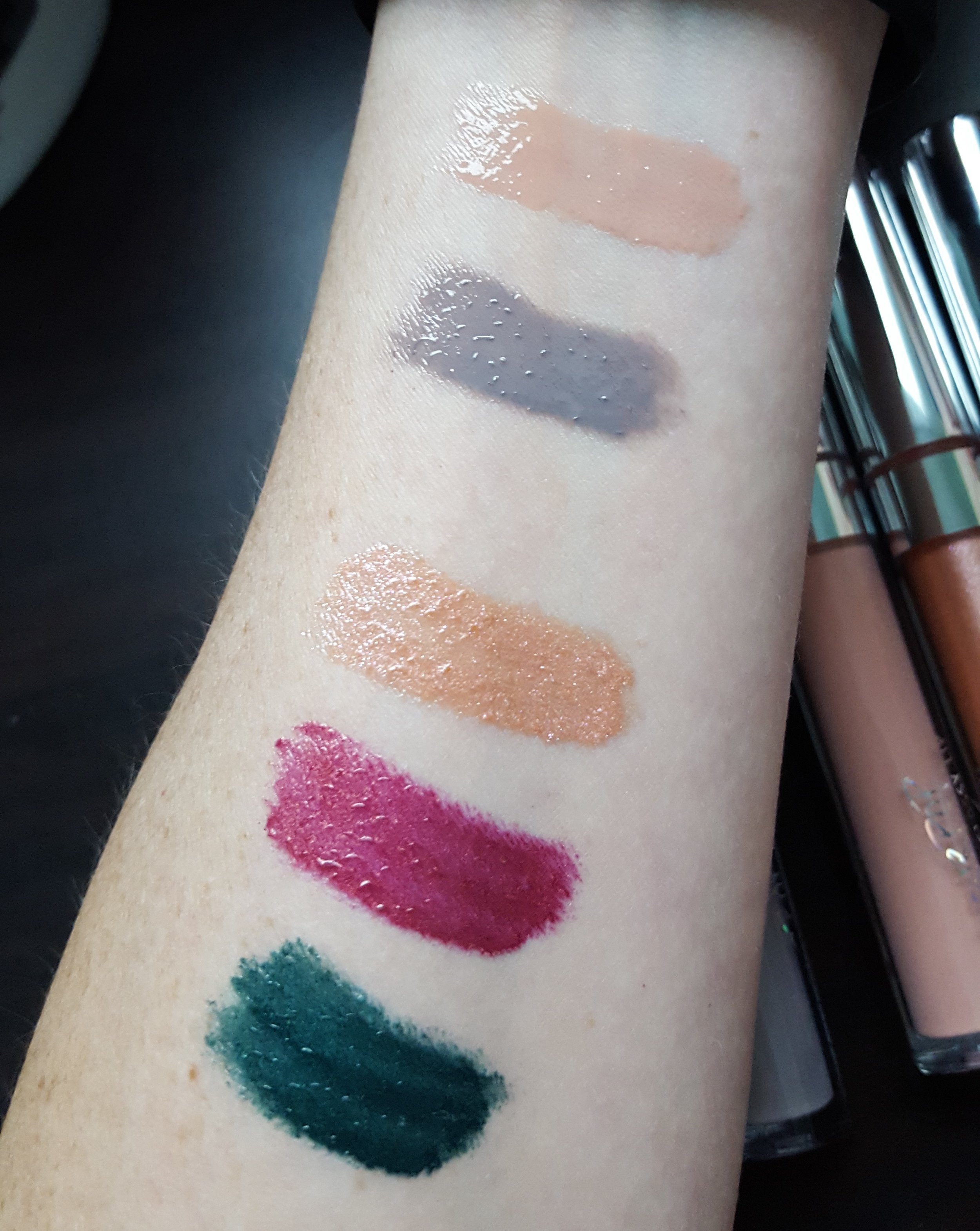 You can see the metallic finish lippies (bottom three) are bit more streaky than the others.