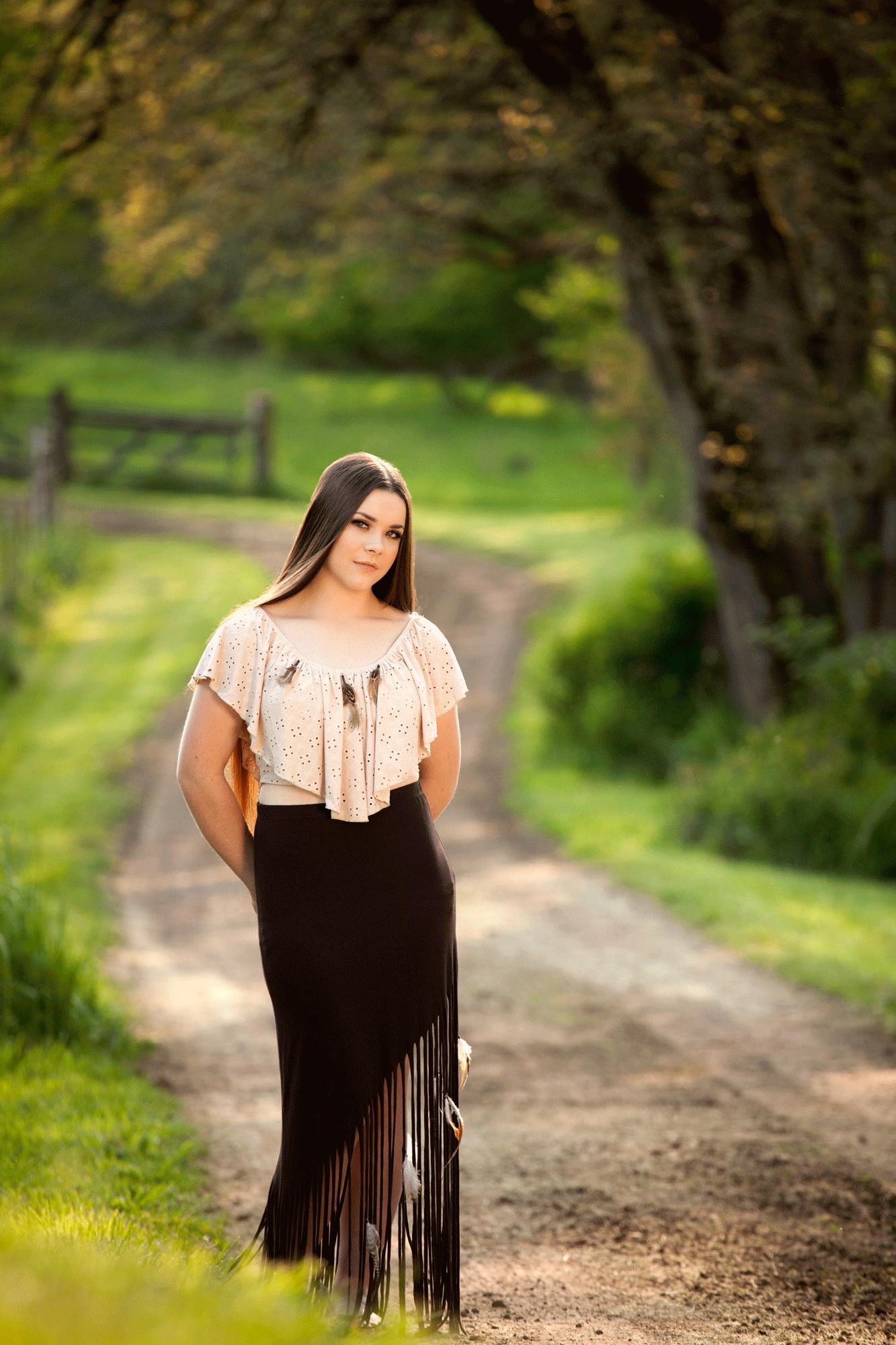 Madison-senior portraits-outdoors