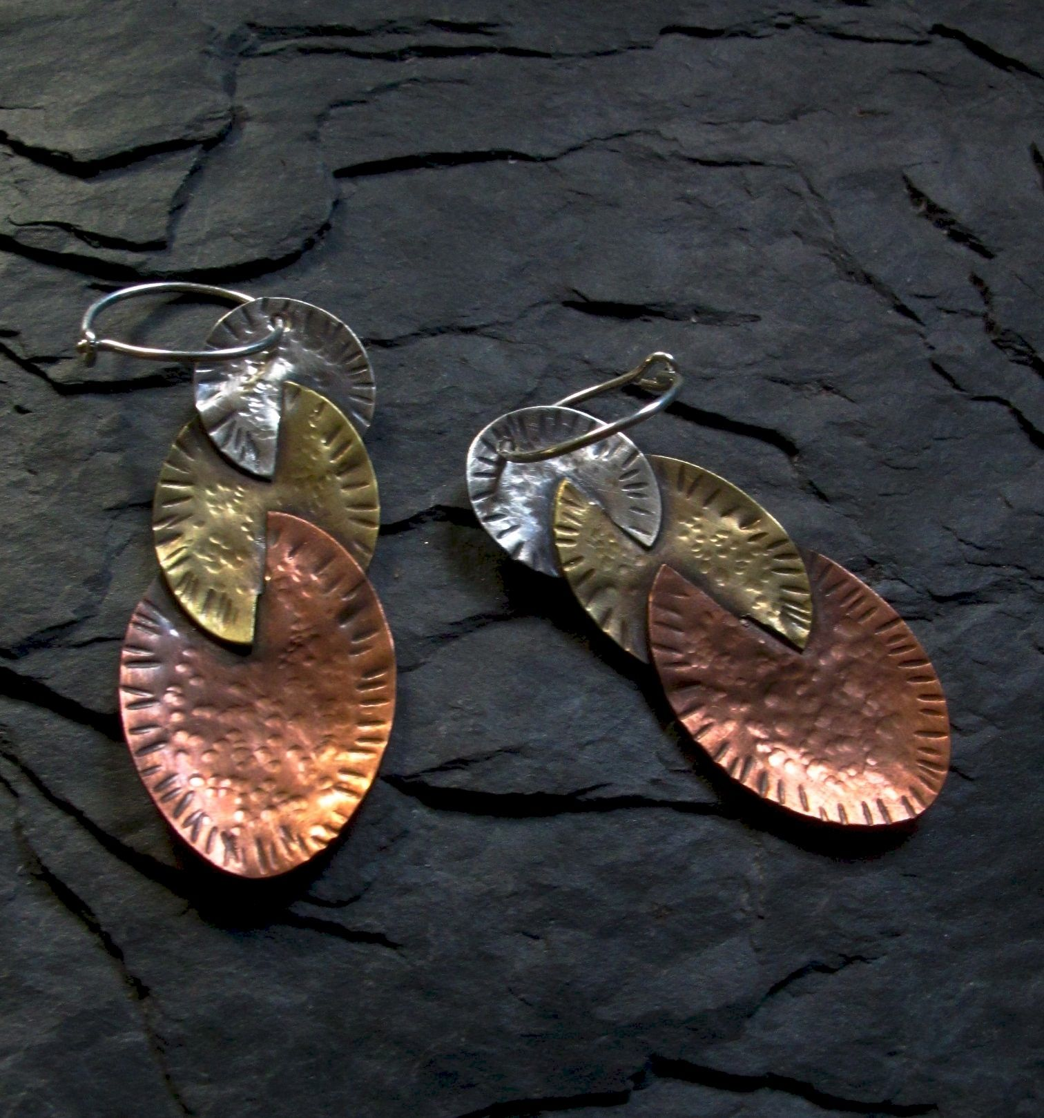 Tri-metal connection earring