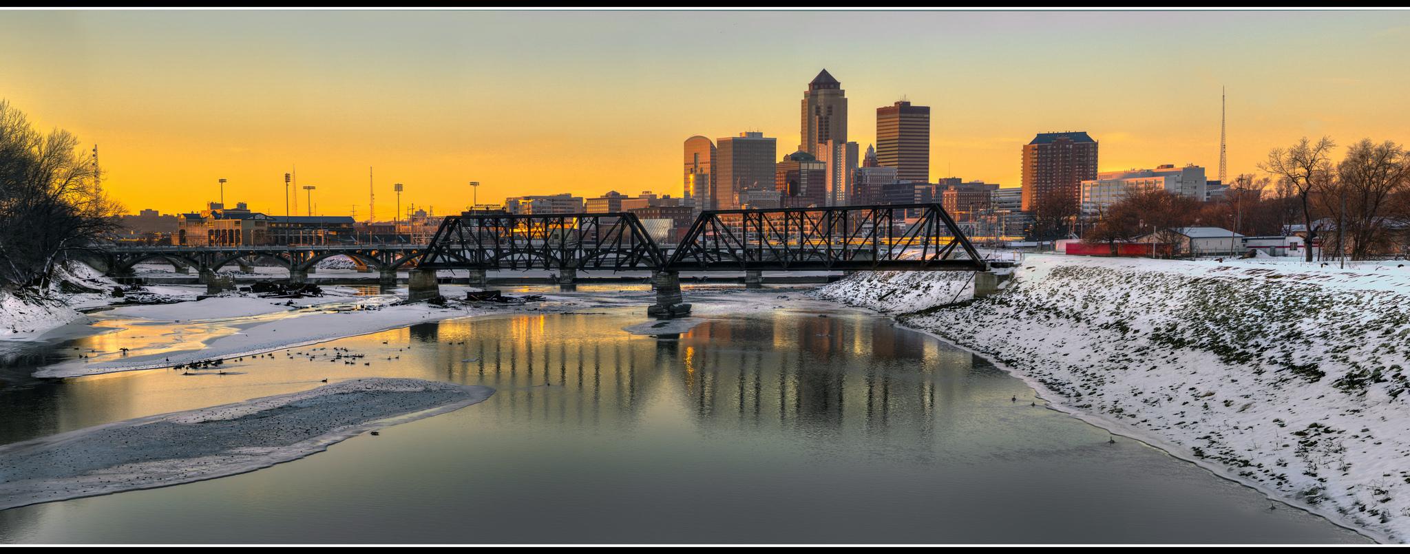 DSM winter sunset