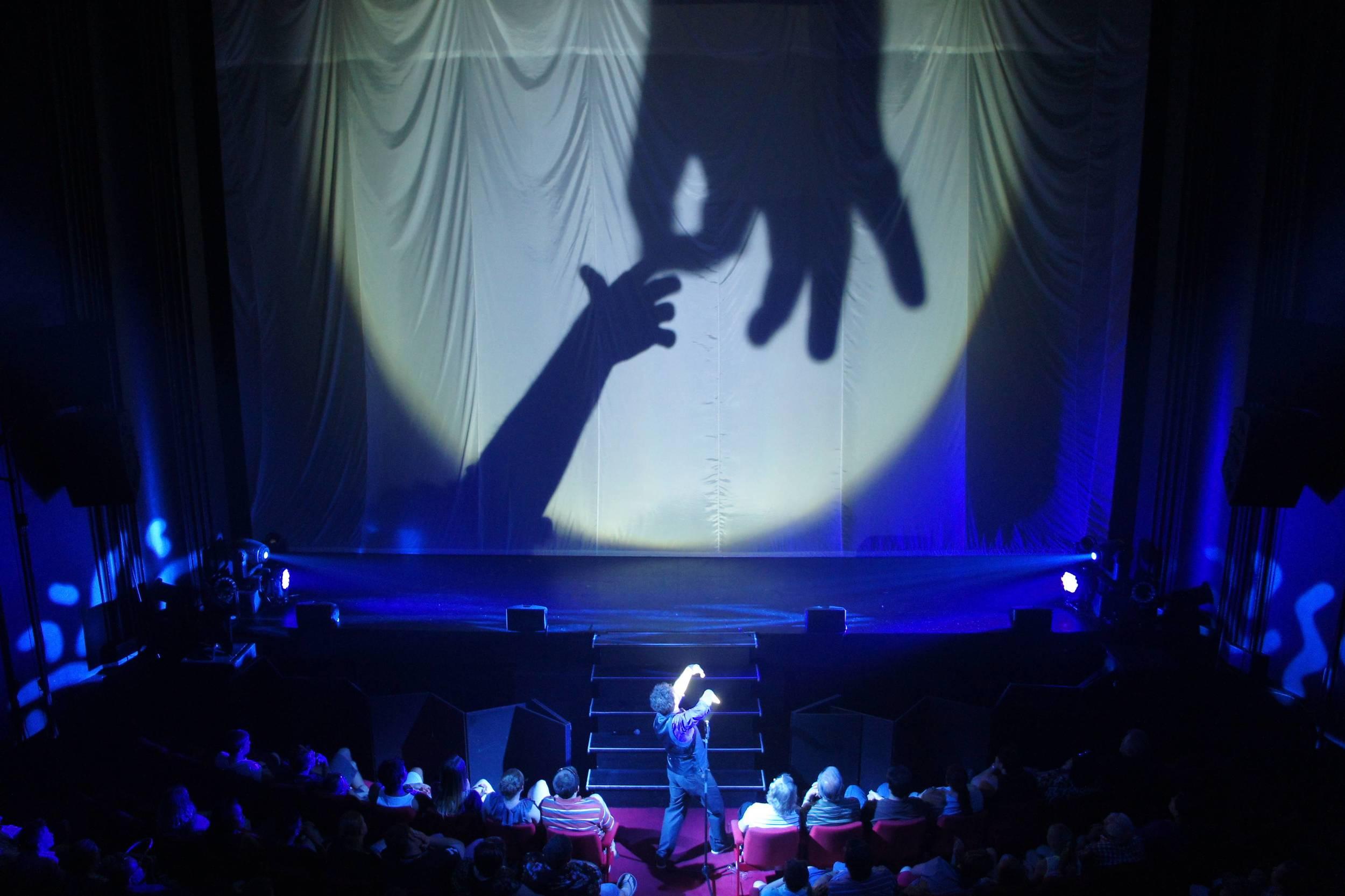 ray shadow hand 1.jpg