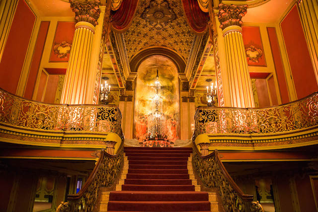 Los Angeles Theatre - Stairwell
