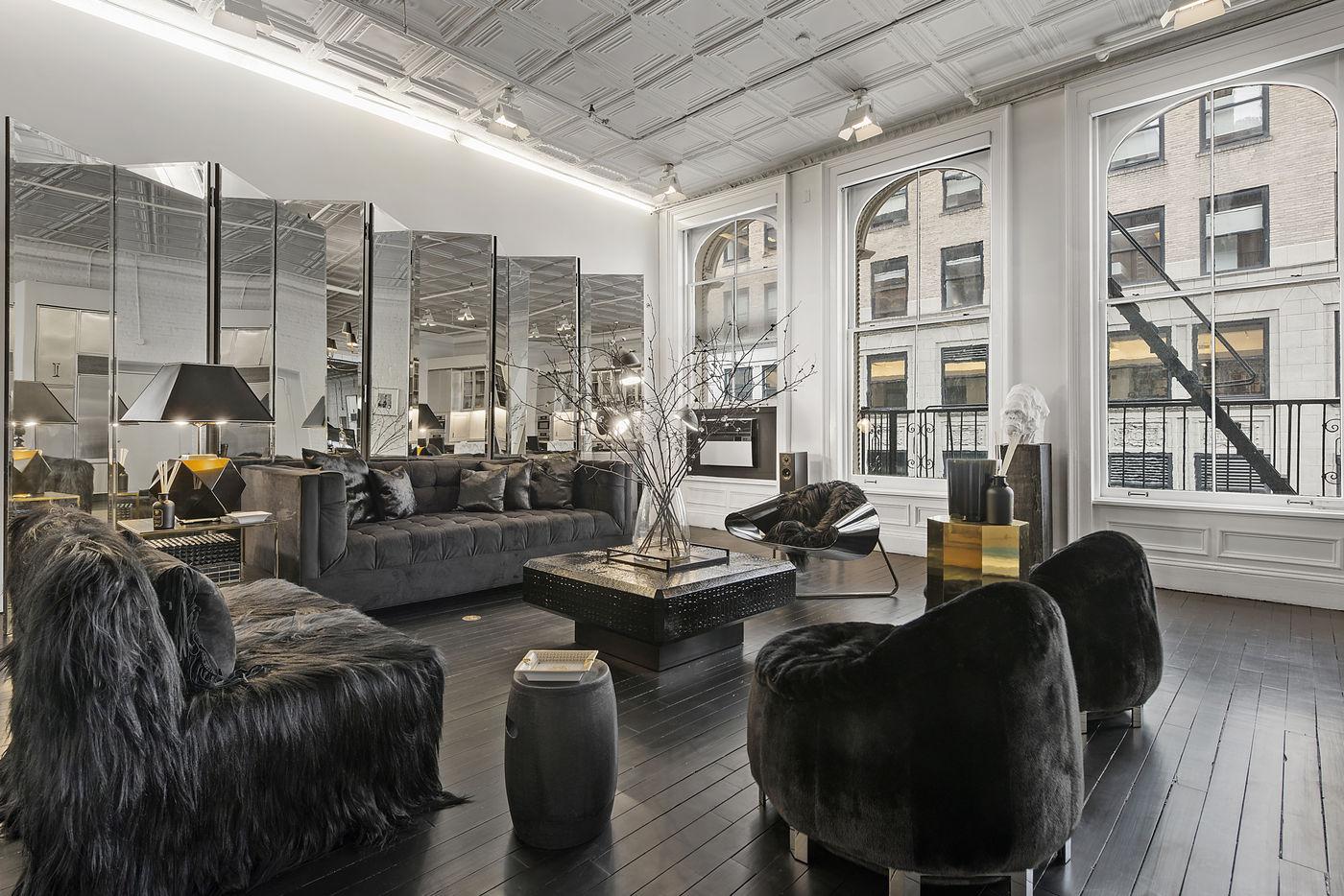 39-Worth-Street-Living-Room-2.jpg