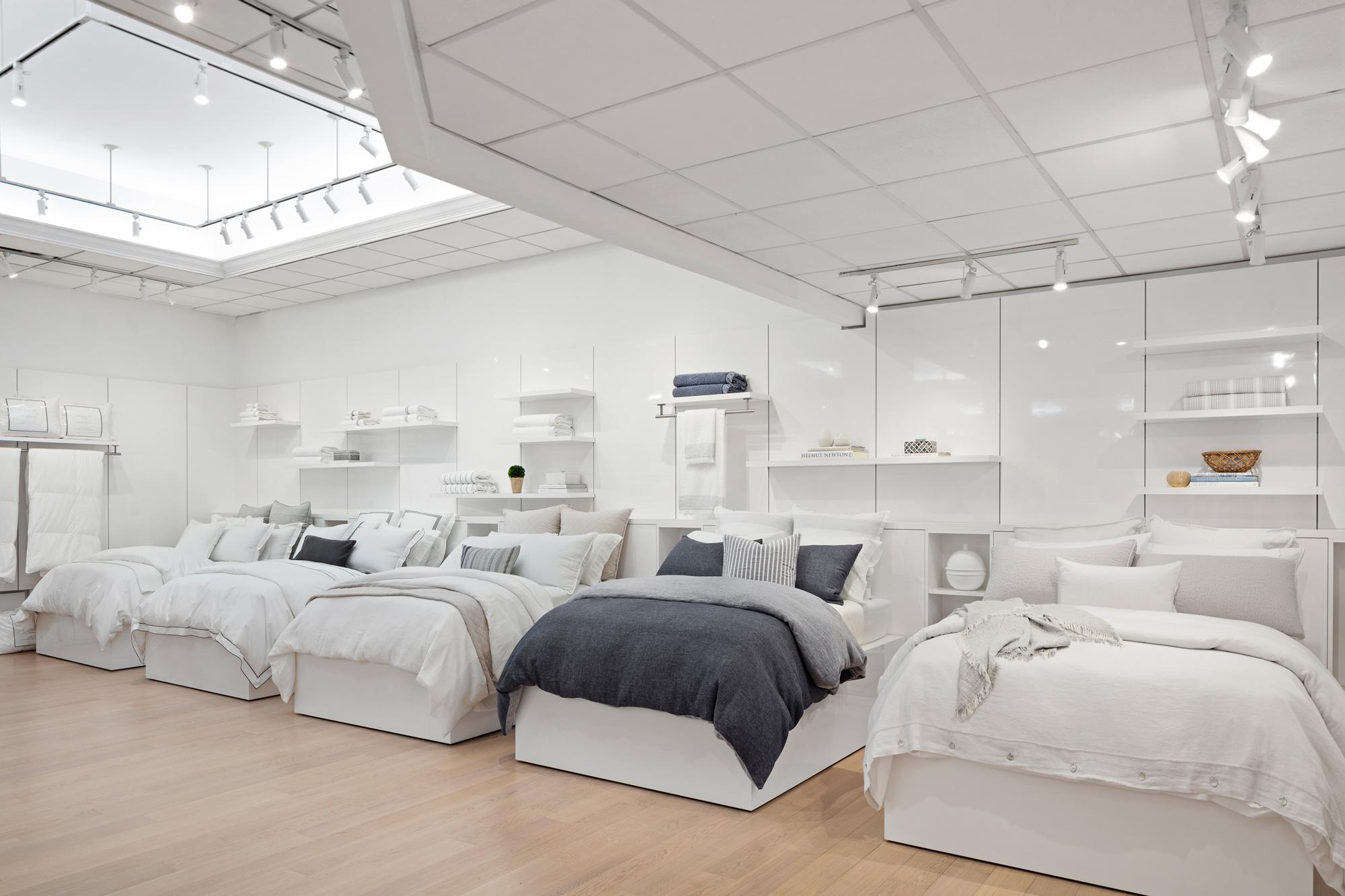 Kassatex_Showroom-Beds.jpg