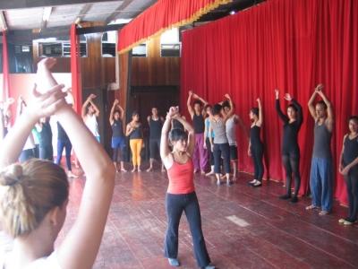 Jennifer teaching in Diriamba.