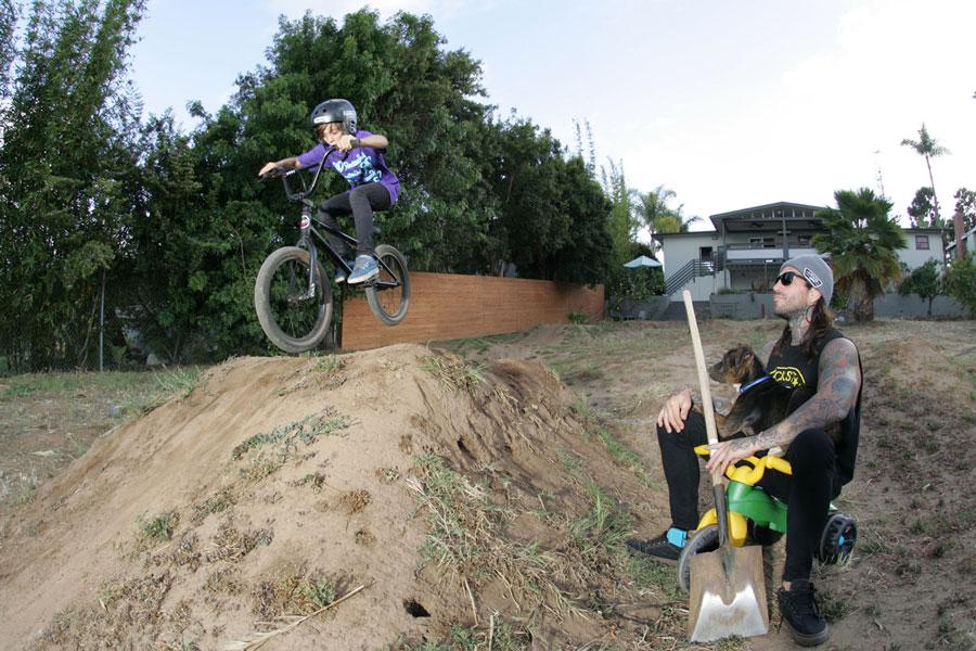 radlikedad-nastazio-dirt-jump.jpg