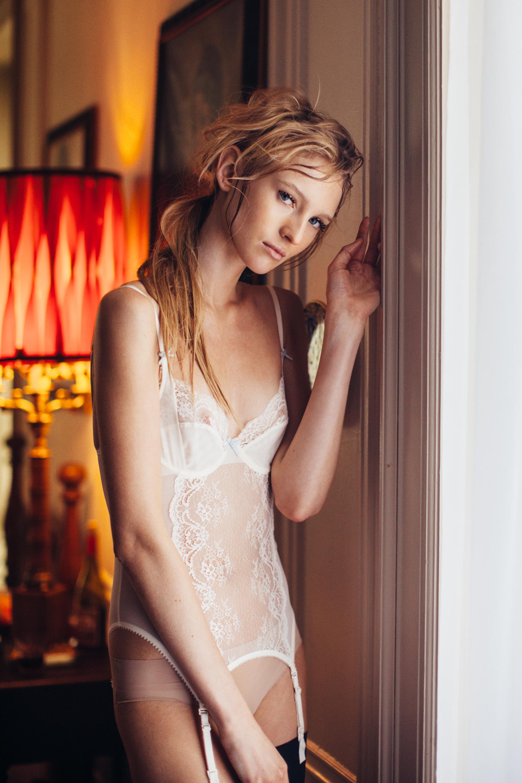 VERA_WANG_Video1_Bedroom_Marianna_Jamadi-12.jpg