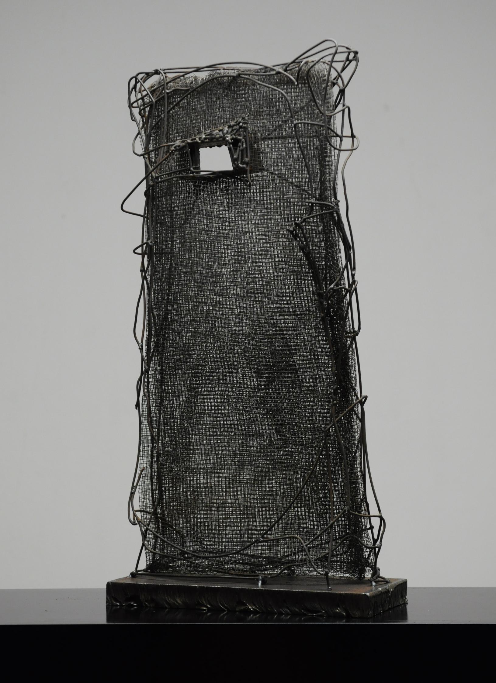 wire sculpture ''Passage''