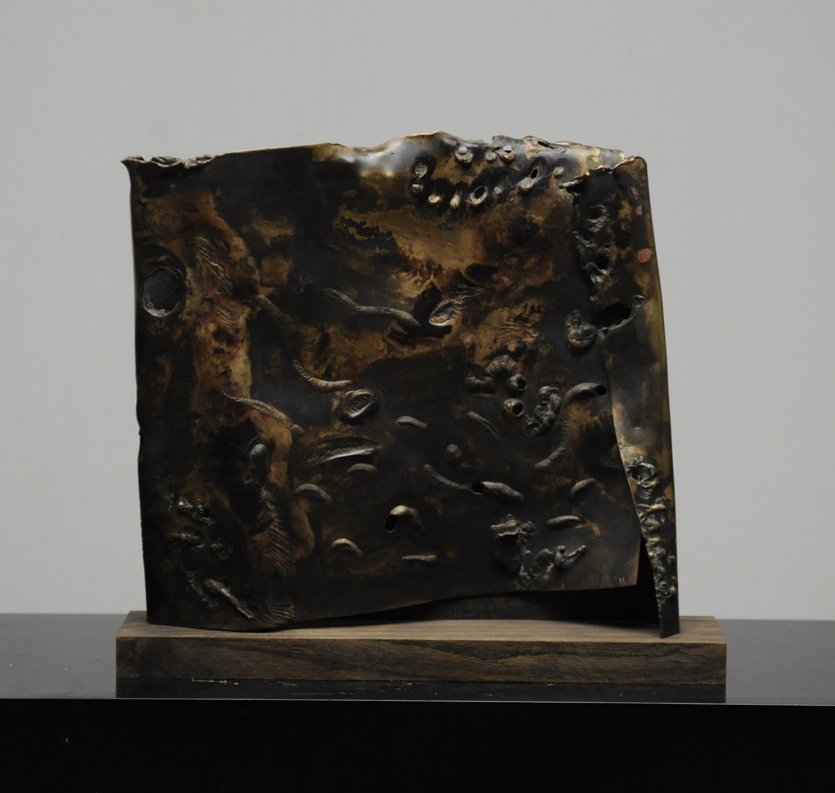brass sculpture ''Through time''