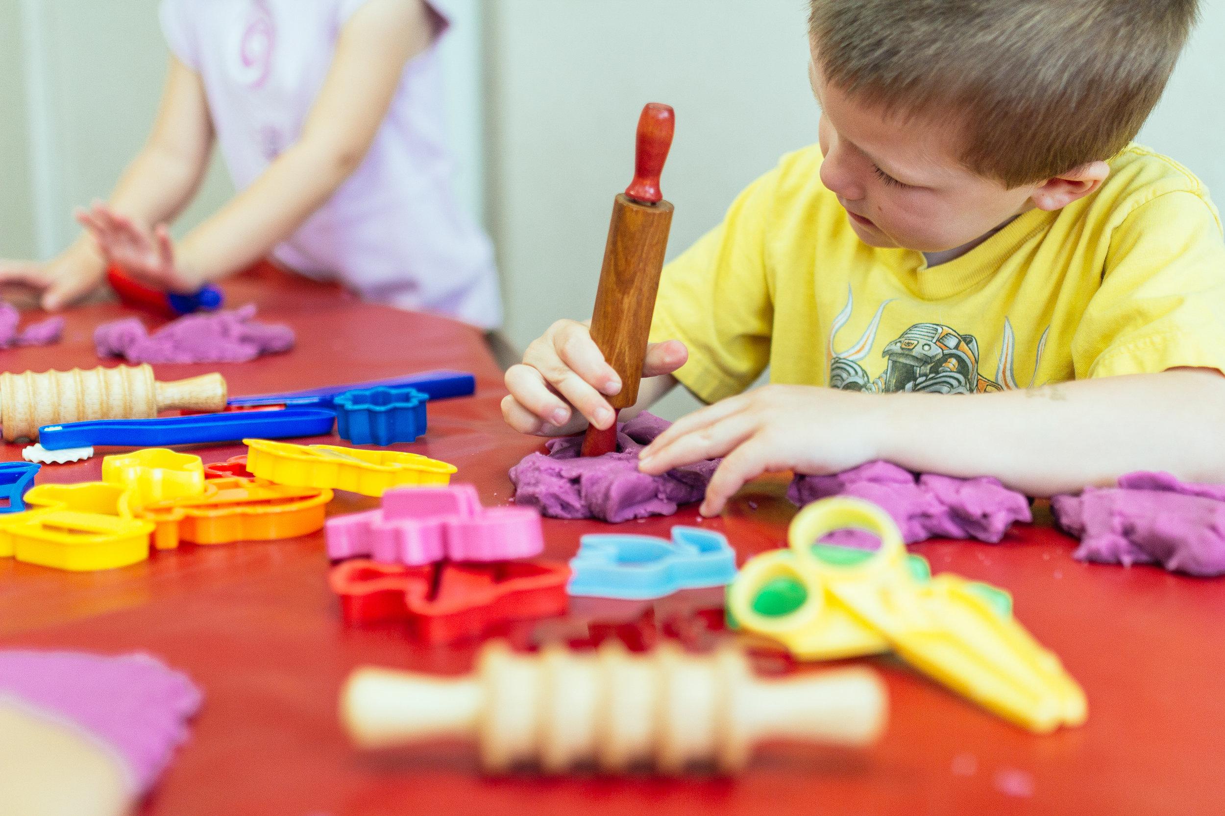 Suburban Cooperative Nursery School // Playdough // Rocky River, Ohio Preschool