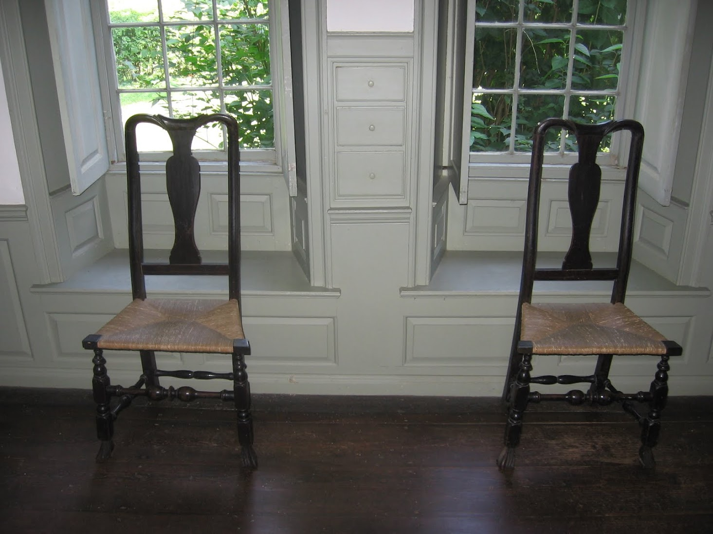 Charles Phelps purchased the above chairs from Samuel Gaylord, Jr., a local joiner.