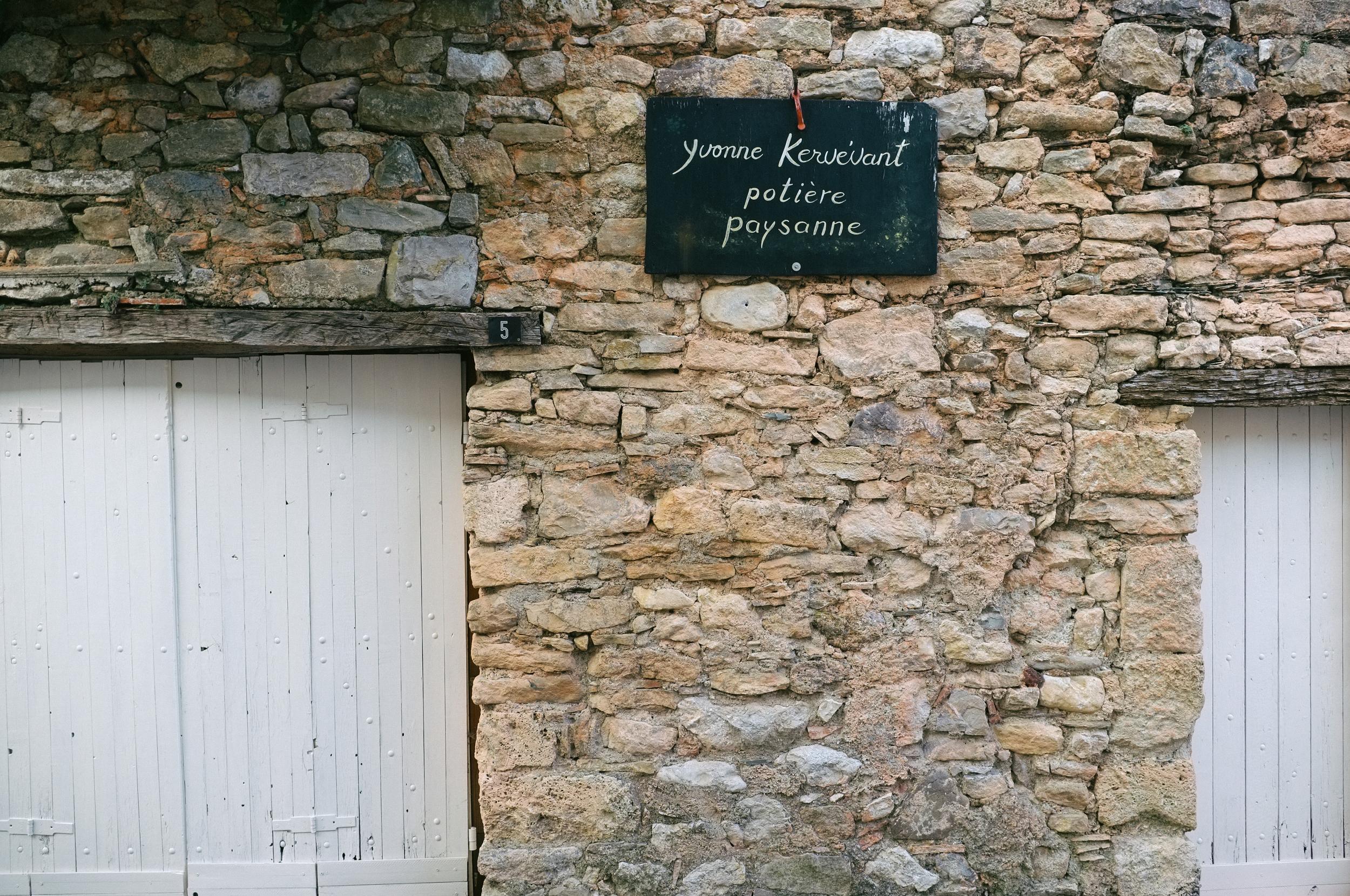 Shop sign. Minerve