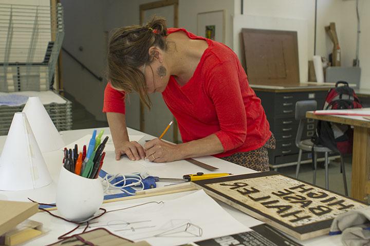 Tara in studio