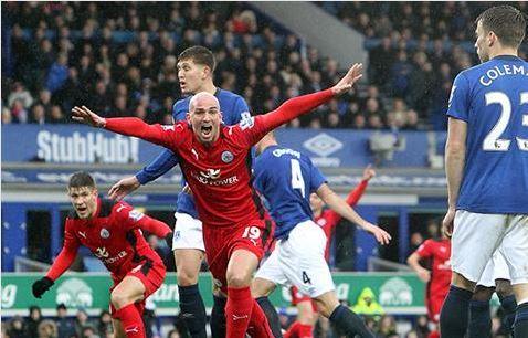 La alegría de Cambiasso no fue completa (Fotografía: Leicester City)