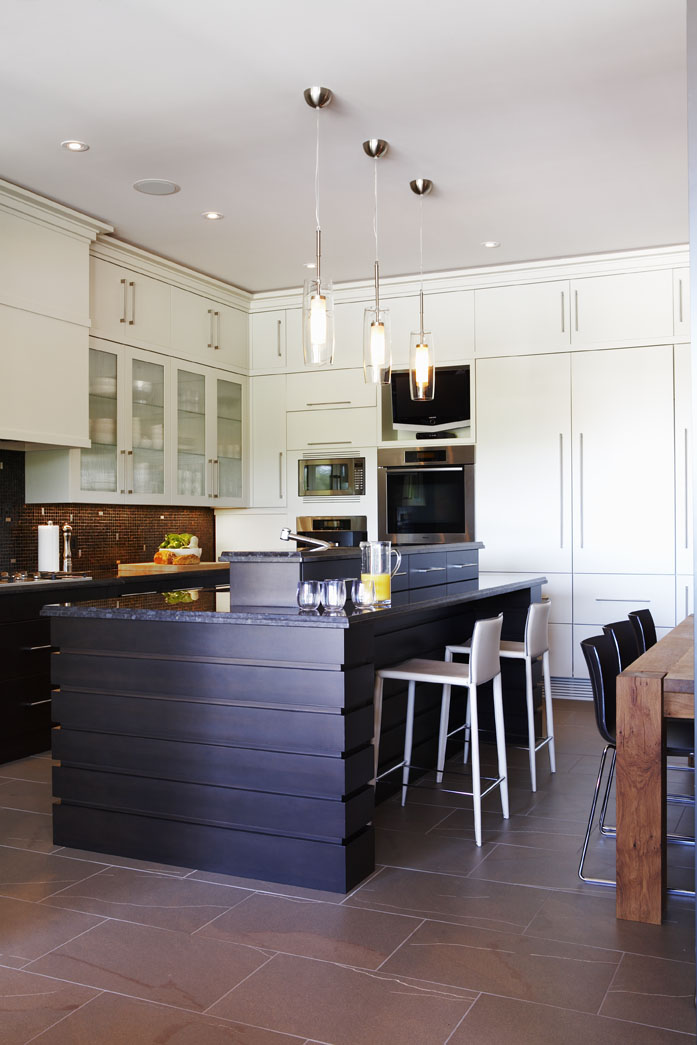 Country Urban Kitchen & Island