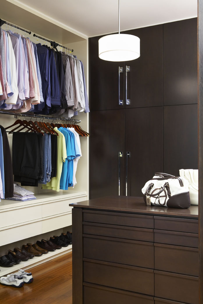 Country Urban Master Walk In Closet