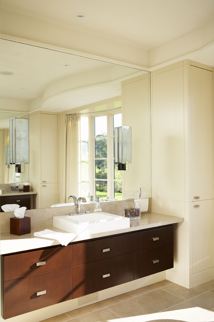 Country Urban Master Ensuite Bathroom
