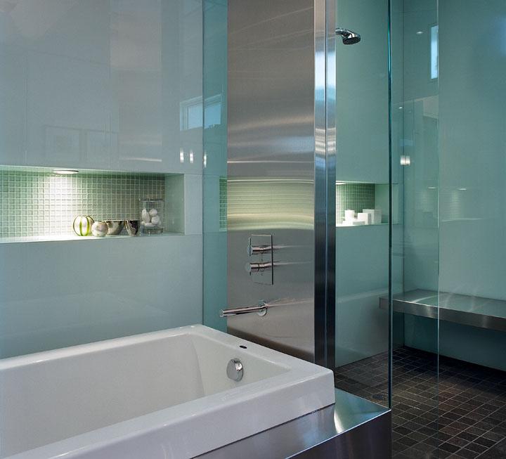 24_Bathroom.jpg