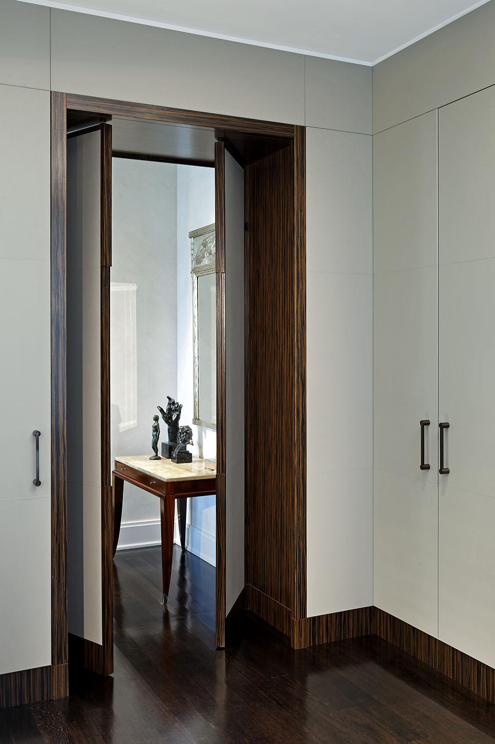 27_Doorway Partially Open.jpg