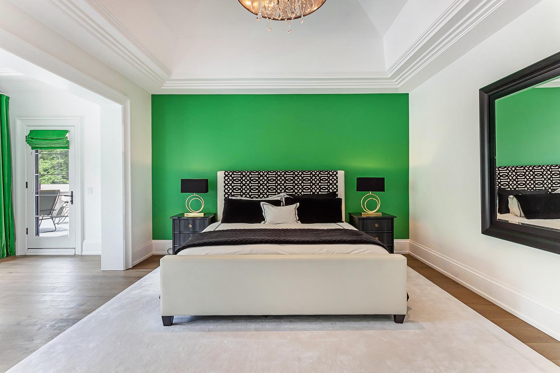 25_Master_Bedroom.jpg