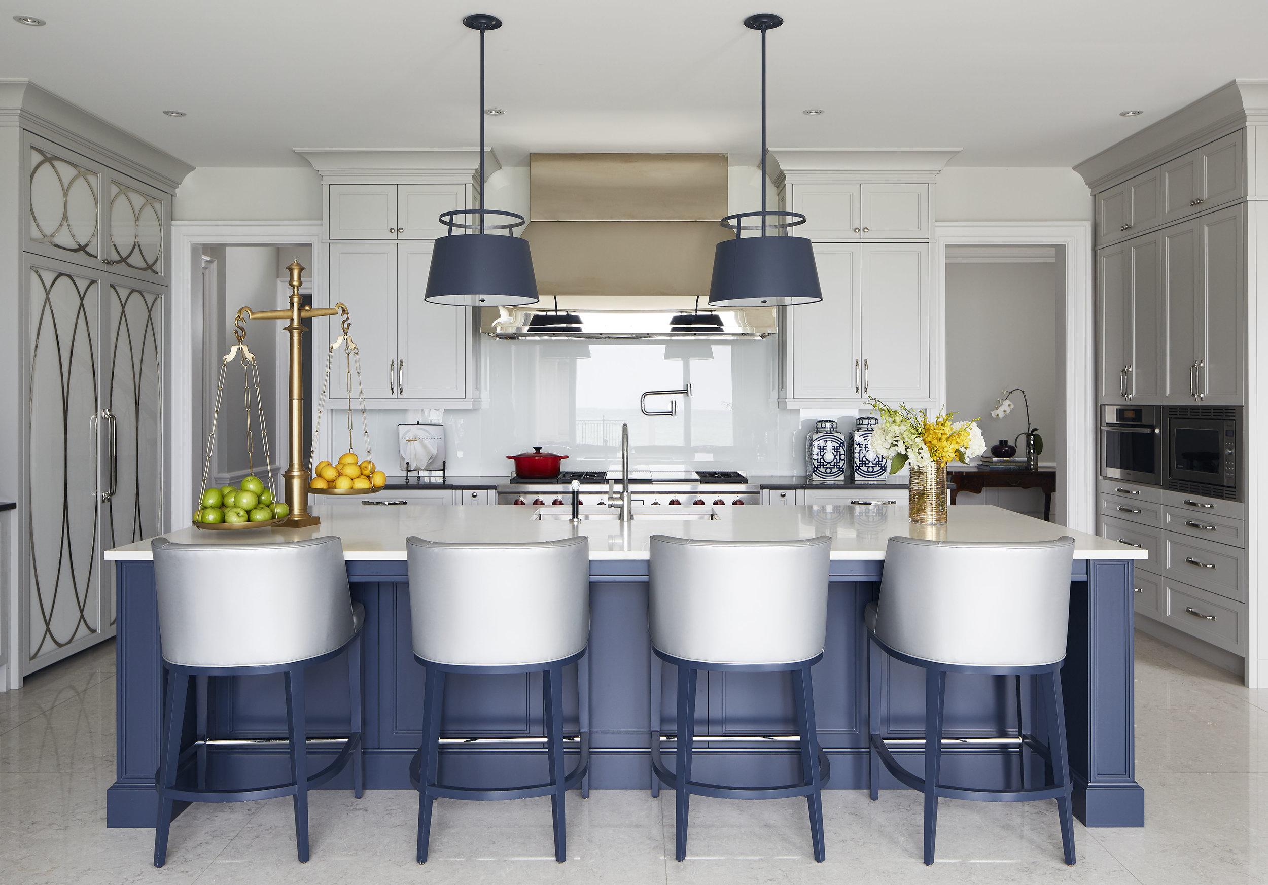 Lake View Home Kitchen