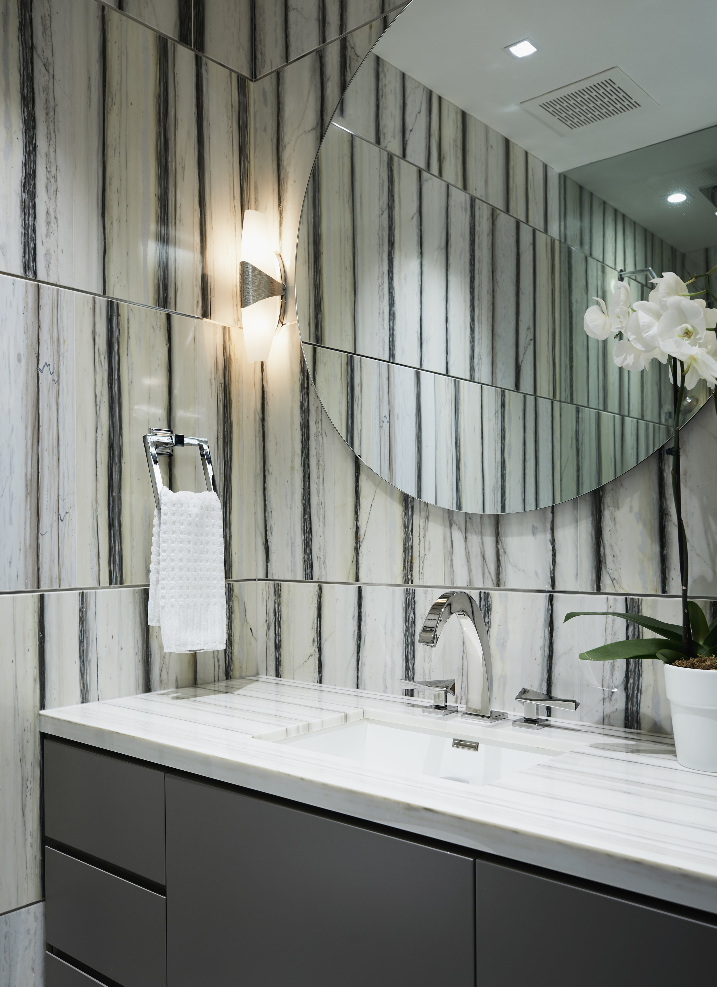 53_Study_Bathroom.jpg