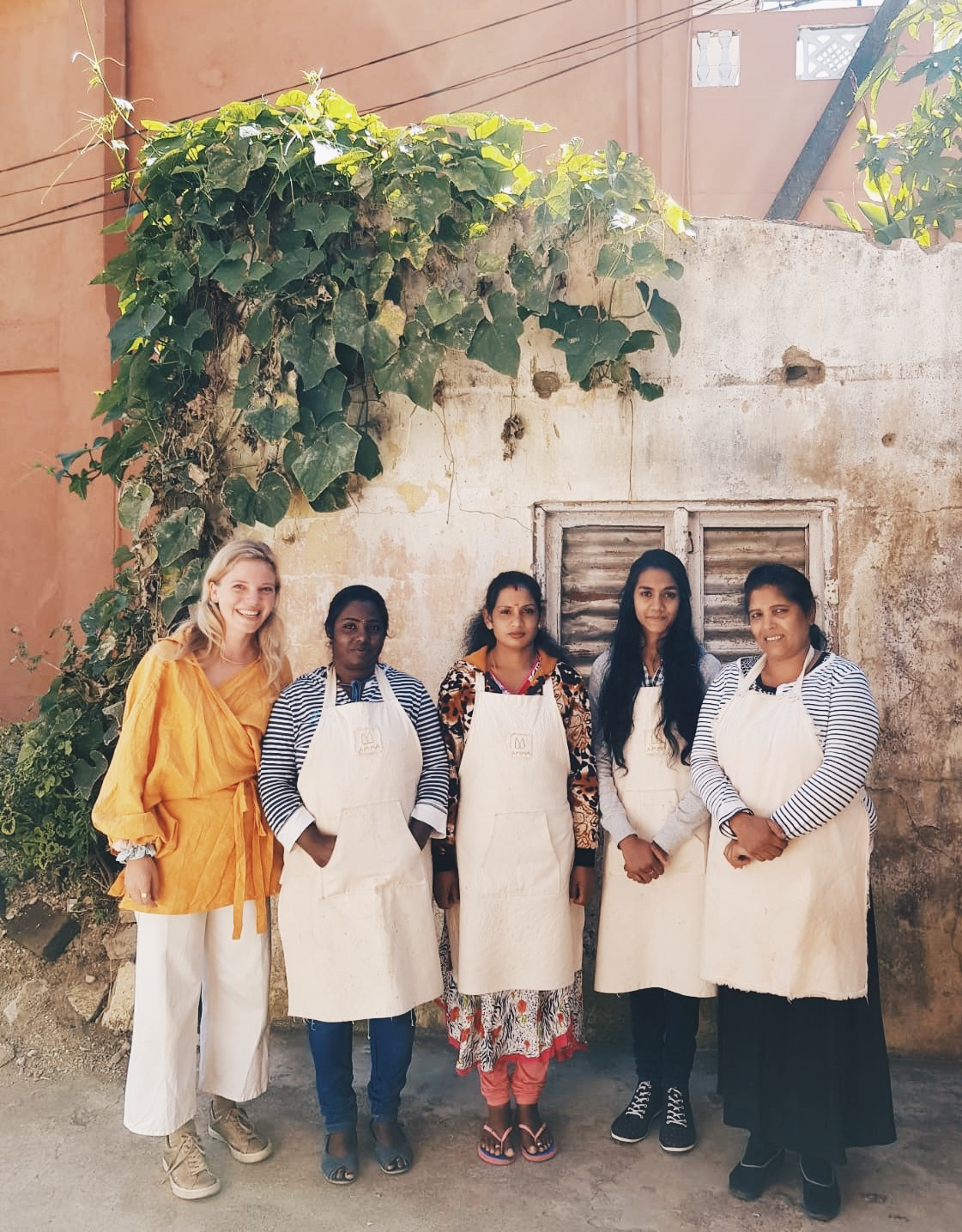 AMMA SRI LANKA - We were so excited to finally meet the women behind Amma, the social enterprise that trains and employs mothers living in the Sri Lankan highlands to turn food waste and plants into natural dyes creating sustainable textiles, ethically handmade. Amma is run by the lovely Josie, who we have been collaborating with for the last 1.5 years. They make our not-for-profit avocado waste dyed aprons, and the lovely bright turmeric waste dyed pouches that we pack our Turmeric CBD oils in.We are so grateful that the sale of our avocado aprons over Christmas 2018 meant that they were able to purchase two new sewing machines, enabling them to work on more projects.