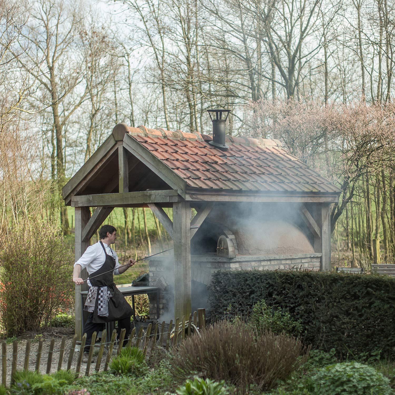 in_de_wulf_piet_dekersgieter_oven_w.jpg